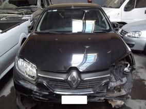 Renault Logan Expression 1.6 / 2014 $ 106.800 - Chocado Poco