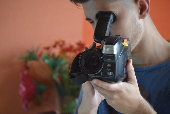 Filmadora Panasonic Palmcorder Nv-rj27 Vhsc X14 N/