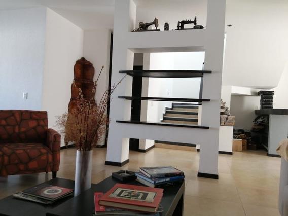 Casa En Venta. Cumbres Del Lago, Juriquilla, Queretaro. Rcv200217-tk