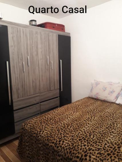 Apart. De 2 Dormitórios, Sala, Cozinha/lavanderia,banheiro.