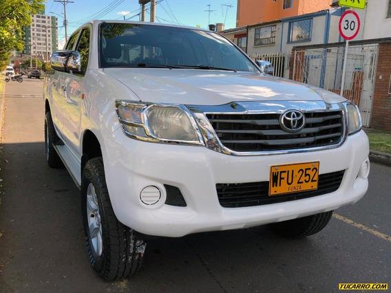 Toyota Hilux 4x4 2500cc Tdi Mt Aa Fe Ab Abs