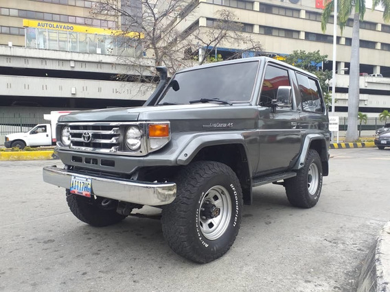 Toyota Macho 4.5 Edición Lx