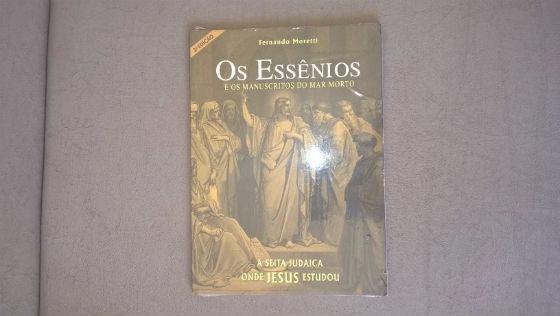 Livro - Os Essênios E Os Manuscritos Do Mar Morto.