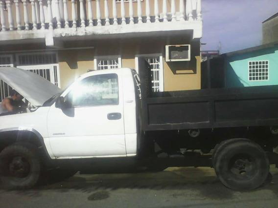 Camion Cheyyene 2002 Con Un Detalle Pero Opertaivo Del Todo