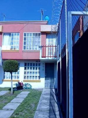 Casa En Venta En Los Héroes Tecámac Secc Bosques, Estado De México