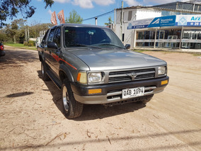 Toyota Hilux Doble Cabina 2.4 D 1996