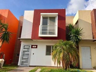 Hermosa Casa En Venta En Campo Real Oportunidad