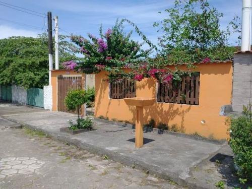 Casa No Gaivota, À 400 Metros Do Mar E Com Piscina   7408 E