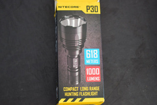Lanterna Nitecore P30