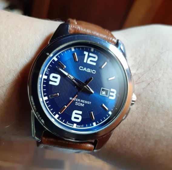 Relógio Casio Modelo Analógico Com Mostrador Azul
