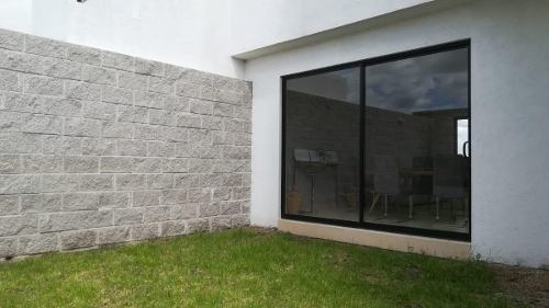 Estrena Casa En Juriquilla San Isidro, Jardín, 3 Recamaras..