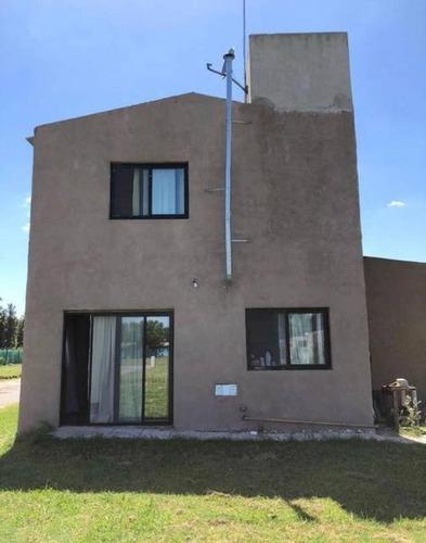 Venta - Casa En La Agustina - Bayugar Negocios Inmobiliarios