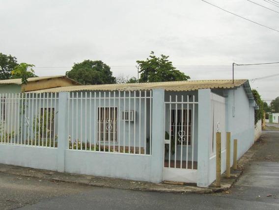 Casa En Venta Yaritagua 19-696rhb