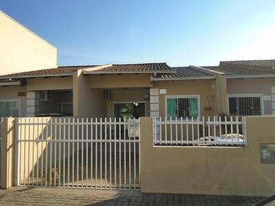 Casa Geminada No Espinheiros Com 2 Quartos Para Locação, 55 M² - 6991