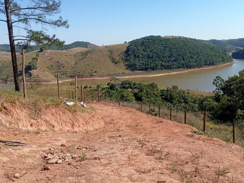 Imagem 1 de 7 de Chácara 1600 Mts Na Represa De Jambeiro, Estância Sta Bárbar