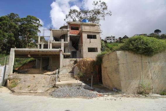 Casa En Construccion En Club De Campo