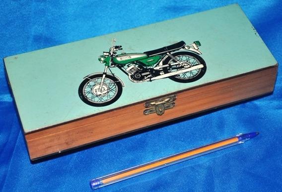 Antigo E Raro Estojo Yamaha De Madeira Estampada Silk-sreen