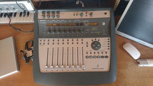 Avid Digidesign Digi 002 Mixer. Pro Tools