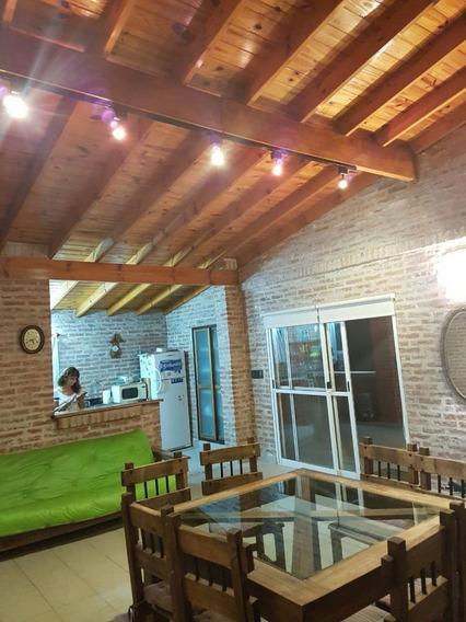 Casaquinta En Venta En Exhaltacion De La Cruz Sobre Ruta 8 Km 74 Barrio Parque Exhaltacion Lote 20 X 50 90 Mts Cubiertos F: 8085