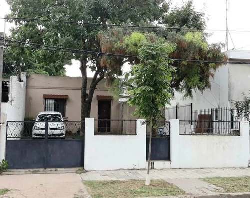 Se Alquila Casa, Zona De Buceo, Patio, Parrillero, Cochera