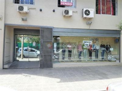 Openhouse Vende Local Comercial Con Amplio Departamento