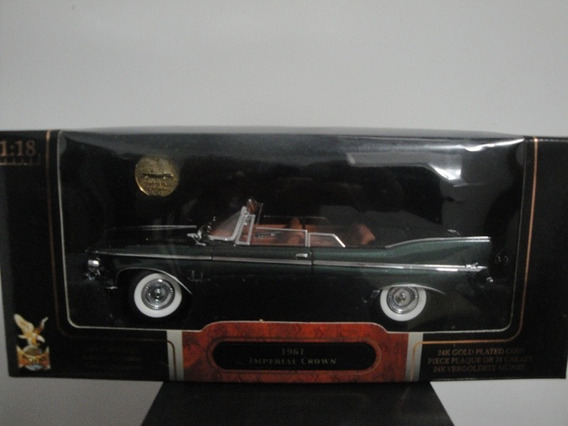 Mini Chrysler Imperial Crown 1961 Dark Green 1:18 Raridade