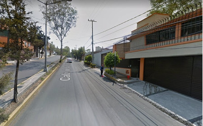 Casa En Calz. De Las Carretas, Col. Colinas Del Sur, Remate.