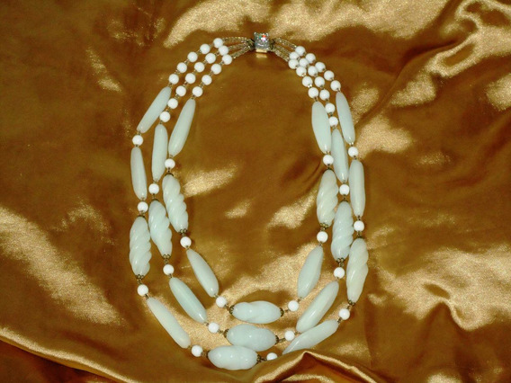 Raro,elegante Colar Vintage Em Murano Branco,3v,itália,50