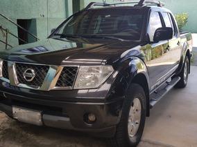 Nissan Frontier 2.5 Strike Cab. Dupla 4x4 4p