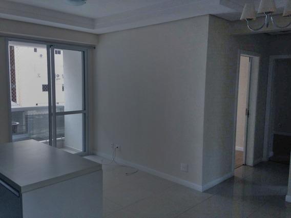 Apartamento - Agronômica 2 Quartos Em Florianópolis - Sc - Laag628