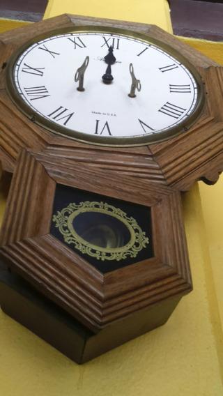 Reloj De Pared Antiguo En 5000