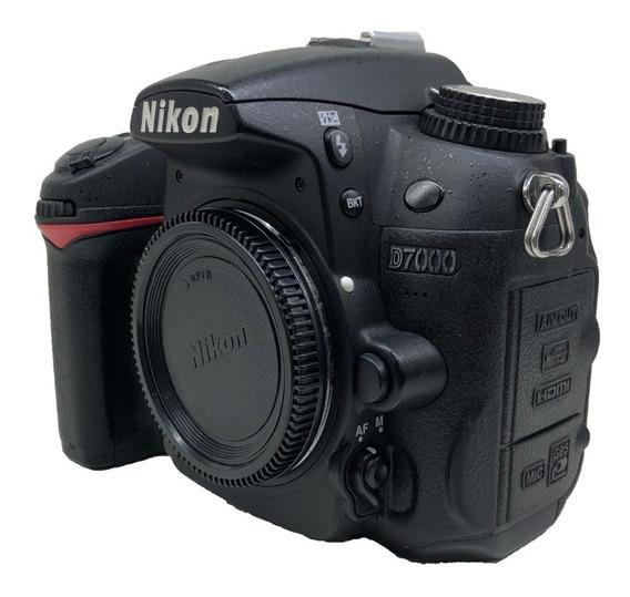 Camera Nikon Corpo D7000 Usada