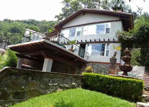 Bonita Casa Vallesana Con Vista Al Lago