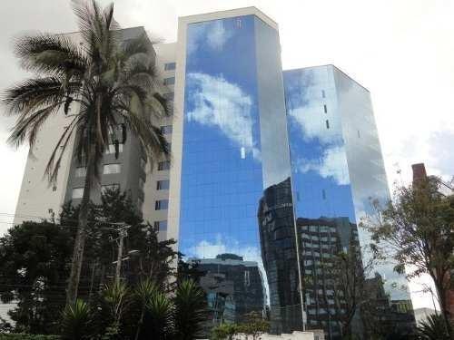 Oficina Totalmente Amoblada Sector Plaza Artigas