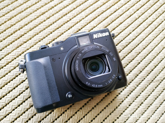 Nikon Coolpix P7000 Com 2 Baterias + 2 Cartões + Acessorios