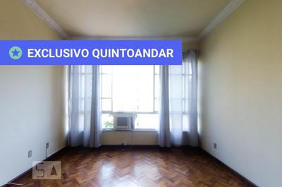 Apartamento No 8º Andar Com 2 Dormitórios E 1 Garagem - Id: 892871724 - 171724