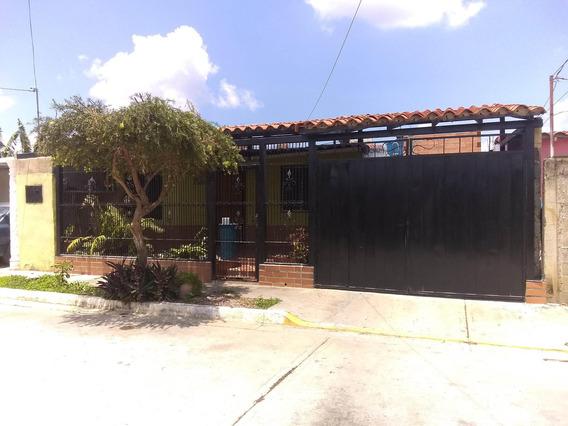 Casa En Venta 19-10218rhb