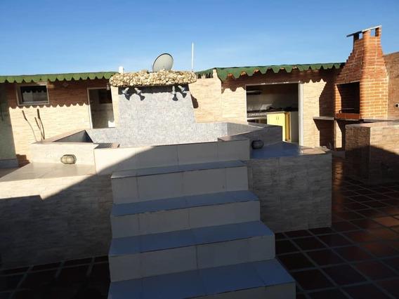 Casa Quinta Familiar, Urbanizacion Cerrada.
