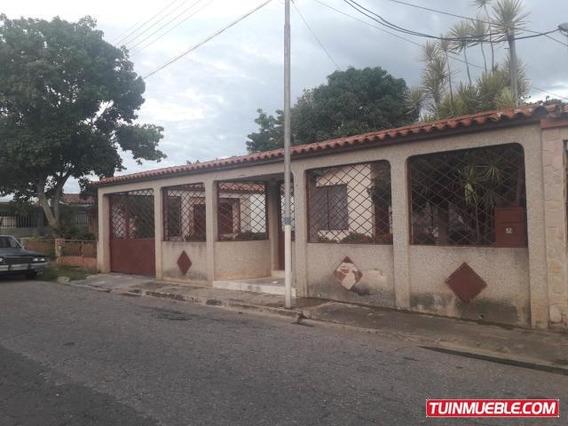 Casa En Venta En Ciudad Alianza, Guacara 19-11168 Em