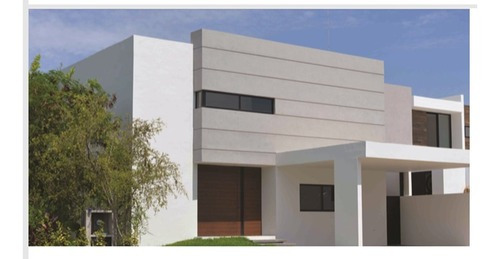 Lujosa Residencia Con Excelente Ubicacion En Temozon Norte