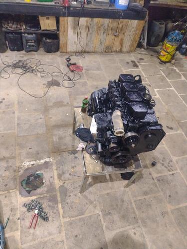 Imagem 1 de 5 de Serviço De Mecânica De Motor Linha Pesada