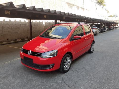 Imagem 1 de 15 de Volkswagen Fox 2012 1.6 Vht Trend Total Flex 5p