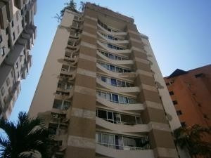 Apartamentos En Venta El Bosque Valencia Cod 20-11037 Ycm