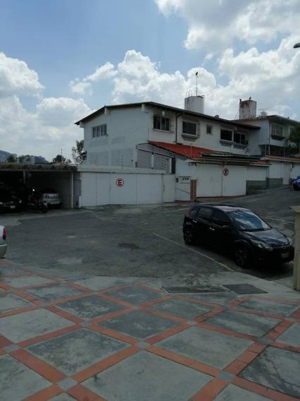 (j) Anexo En Alquiler 3 H / 2 B / 1 P. Lomas De La Trinidad