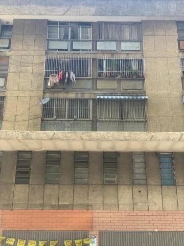 Dl Apartamento En Venta Mls #20-8886