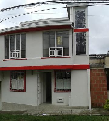 Casas En Venta Parque Industrial 858-82