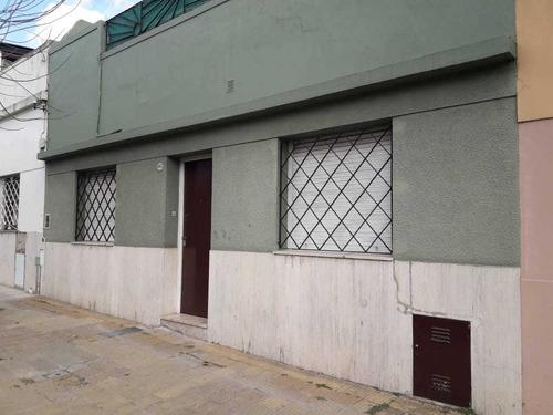 Imagen 1 de 12 de Casa Con Patio Y Terraza, Villa Urquiza