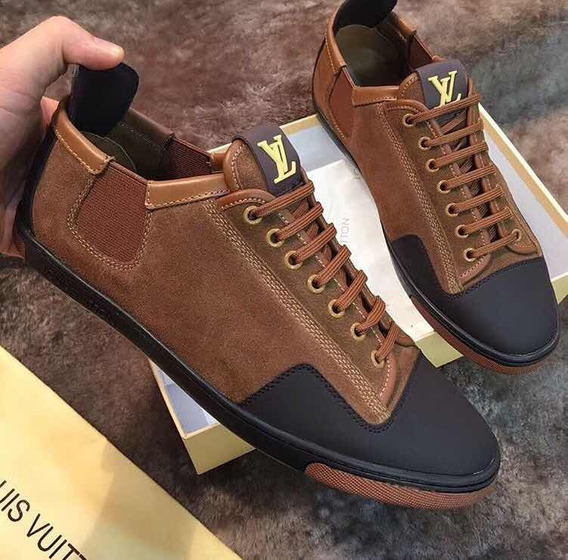 Louis Vuitton Sneakers Con Agujeta