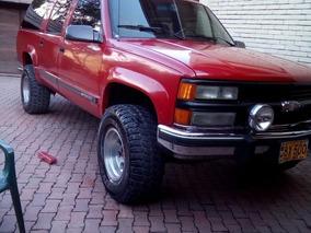 Chevrolet Suburban 2500.454ss