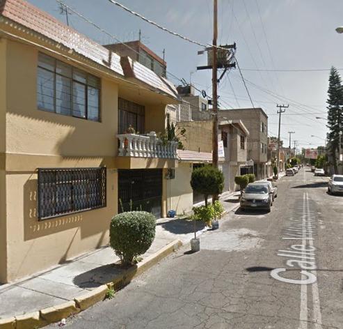 Casa En Remate Bancario En Villa De Aragon